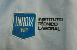 buen vestir uniformes innova