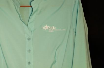 Camisa Femenina - Logo bordado