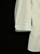 Camisa femenina. Manga corta